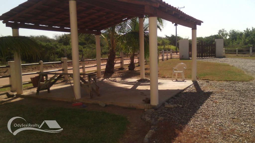 renta-casa-vacaciones-zihuatanejo-la-saladita-003